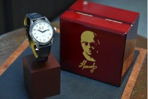 """Герои среди нас. Торговые марки """"Слава"""" и """"Спецназ"""" представляют коллекцию эксклюзивных часов."""