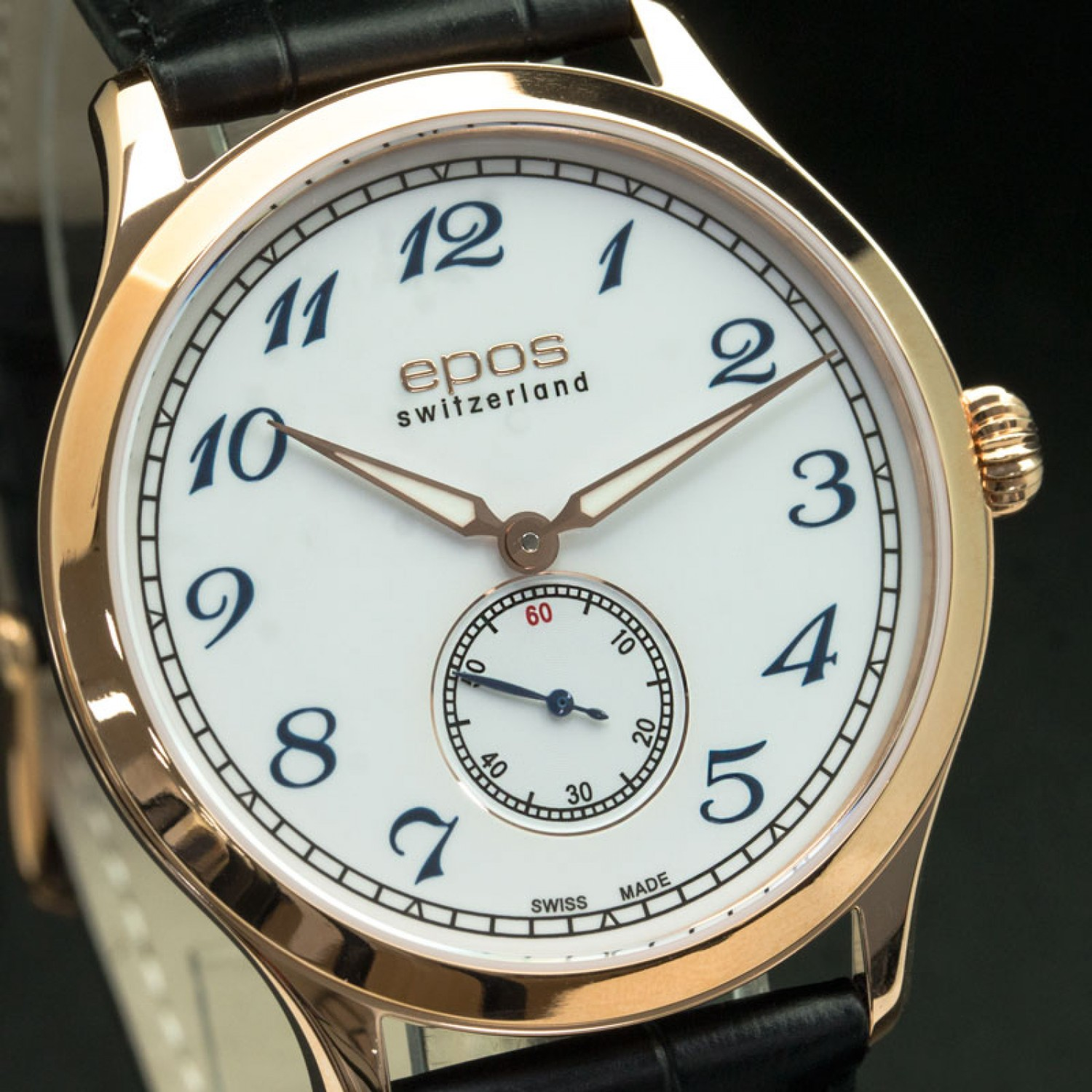 В часах используется механизм selita – это минус, так как для него трудно найти запчасти на российском часовом рынке.