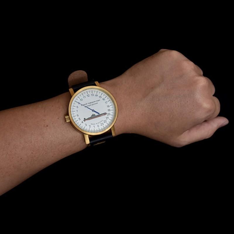 2415.57  наручные часы UMNYASHOV  2415.57