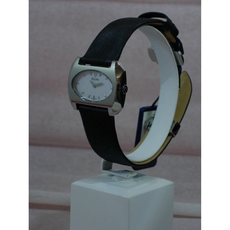 63L62 швейцарские женские кварцевые наручные часы Bulova  63L62